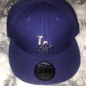 LA DODGERS SnapBack Hat with Metal Logo